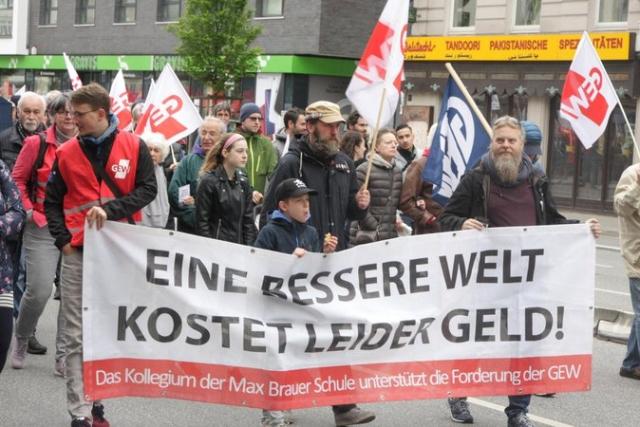 Fotos: Roland Stolze, Reinhardt Schwandt, Eicke Hamann, DGB Hamburg