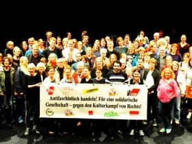 Mehrere Hundert Aktive aus Bildung und Kultur diskutierten Strategien gegen Rechts